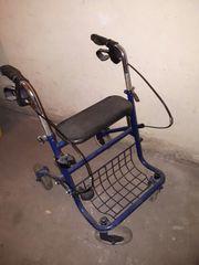 Rollator Gehhilfe für Senioren