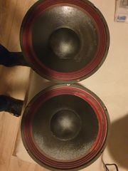 Bass boxen 700 watt unbenutzt