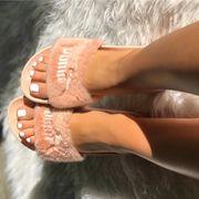 pinke sandalen