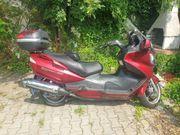Motorroller Suzuki Burgmann 650 - weinrot-