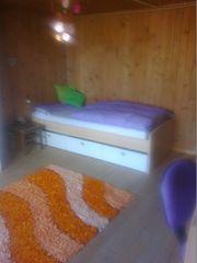 Dachbodenstube 15m2 in 3er Wohngemeinschaft