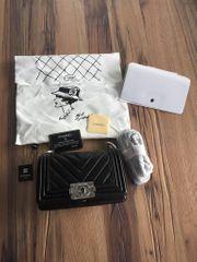 Chanel Boy Tasche Handtasche Kalbsleder