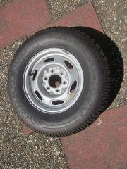 M S-Reifen mit Stahlfelge