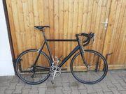 Rennrad schwarz Rahmengröße 61