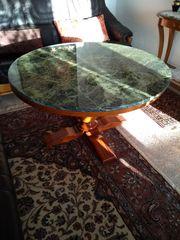 Ovaler Couchtisch grüner Marmor
