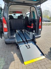 Peugeot Partner Tepee Automatik Behindertengerecht