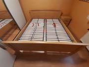 Bett 180x200 inkl Lattenrost Nachttisch