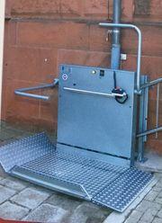 Plattform Treppenlift für Aussenbereich