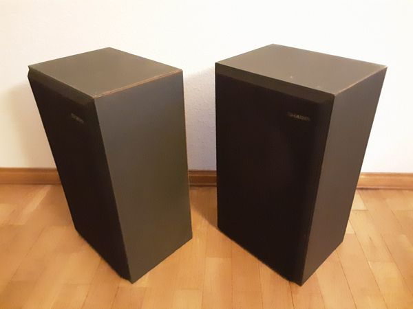 2 SHARP Lautsprecher Boxen