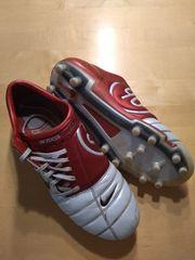 Fussballschuhe Stollen Gr 47 30