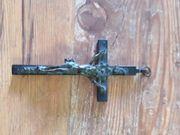 Kruzifix des am Kreuz hängenden