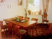 1 Tische mit 6 Stühlen