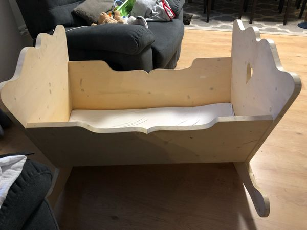 Wiege Babybett aus Holz