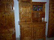 Kasten aus Zirbenholz