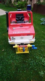 Feuerwehr Unimog mit Seilwinde und