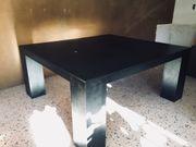 Grosser Tisch schwarzes MDF lackiert