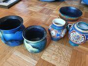 Verschiedene Vasen Übertöpfe