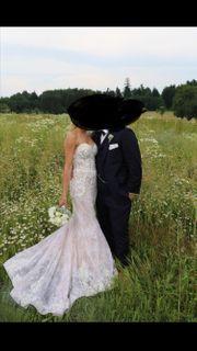 Außergewöhnliches Brautkleid Gr 32 34