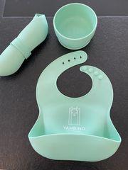 Praktische Babylätzchen und Schüssel