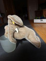 Steiff Elefant Floppi schlafend Nr