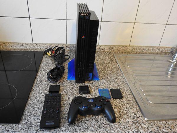 PS2 inkl Fernbedienung und Logitech