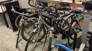 verschiedene Fahrräder- ab 30 -