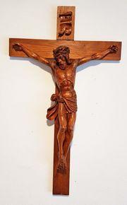 Bamberger Kruzifix Kreuz Holz geschnitzt