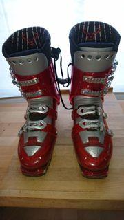 Touren-Ski Schuhe zu verschenken