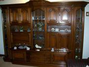 Verkaufe sehr gut erhaltene Stilmöbel