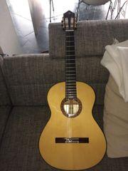 Akustik Gitarre aus Spanien ALHAMBRA