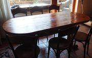 selbstgemachter Holztisch