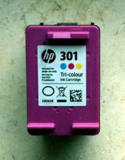 leere Druckerpantrone Original HP 301