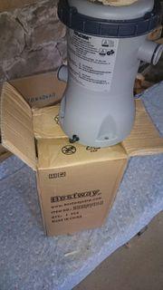 Bestway Filterpumpe 2006 L H