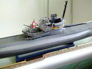U-Boot-Modell aus Haushaltsauflösung