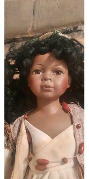 Schwarze Porzellan Puppe