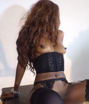 Nacktbilder Fotos von heißer Brasilianerin