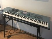 Yamaha Motif XS7 Synthesizer 1