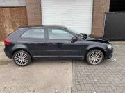 Audi A3 8P Coupe 1