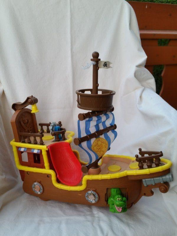 Disney Mattel Piratenschiff Bucky L