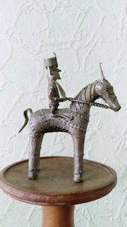 Antik Dhokra Pferd mit Reiter