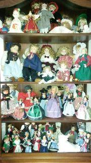 Große PuppensammlungPuppen