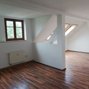 FREUNDLICH CHARMANT GÜNSTIG 3-Zimmer-Altbauwohnung