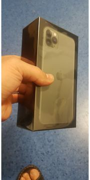 apple 11 pro max 512Mb