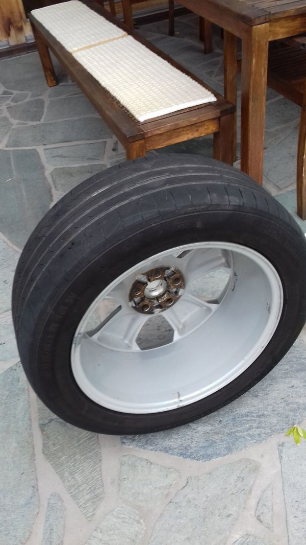 Reifen mit Alu- Felgen