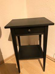 Ikea Hemnes Ablagetisch Nachttisch schwarzbraun