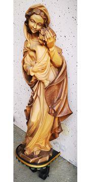 Wunderschön geschnitzte Südtiroler Madonna