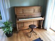Gustav Riedell Klavier zu verkaufen