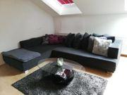 Bequemes Sofa mit Ausziehfunktion