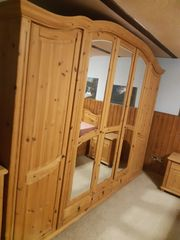 Schlafzimmer-Set Arosa aus Massivholz Kiefer