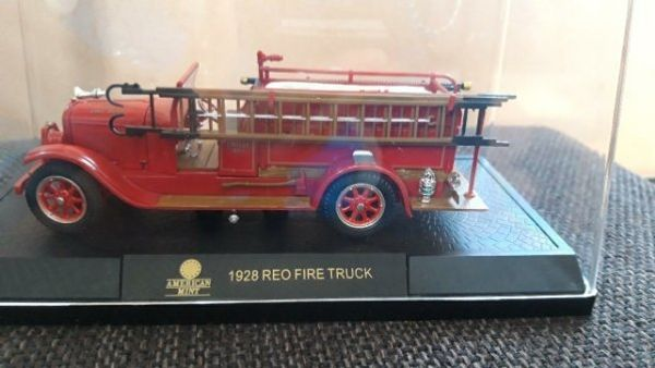 1928 REO FIRE TRUCK